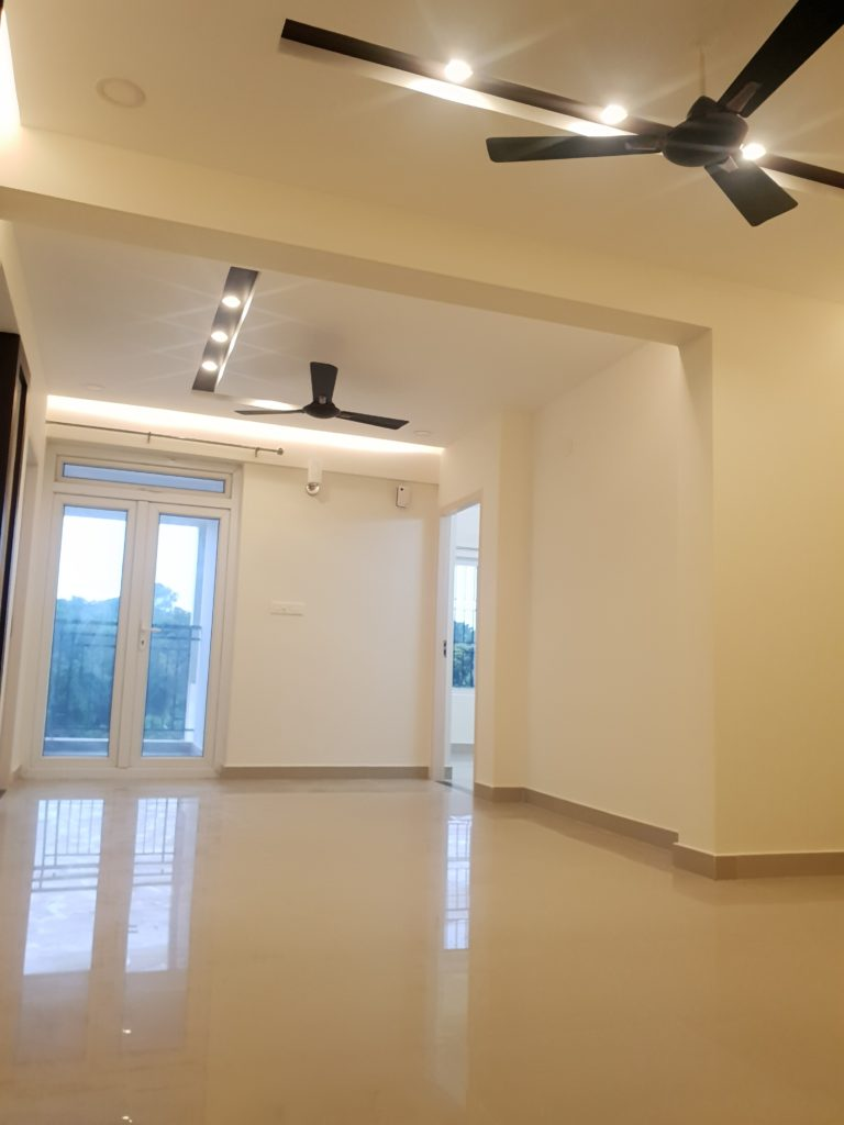Vivian Suites Common Room 6