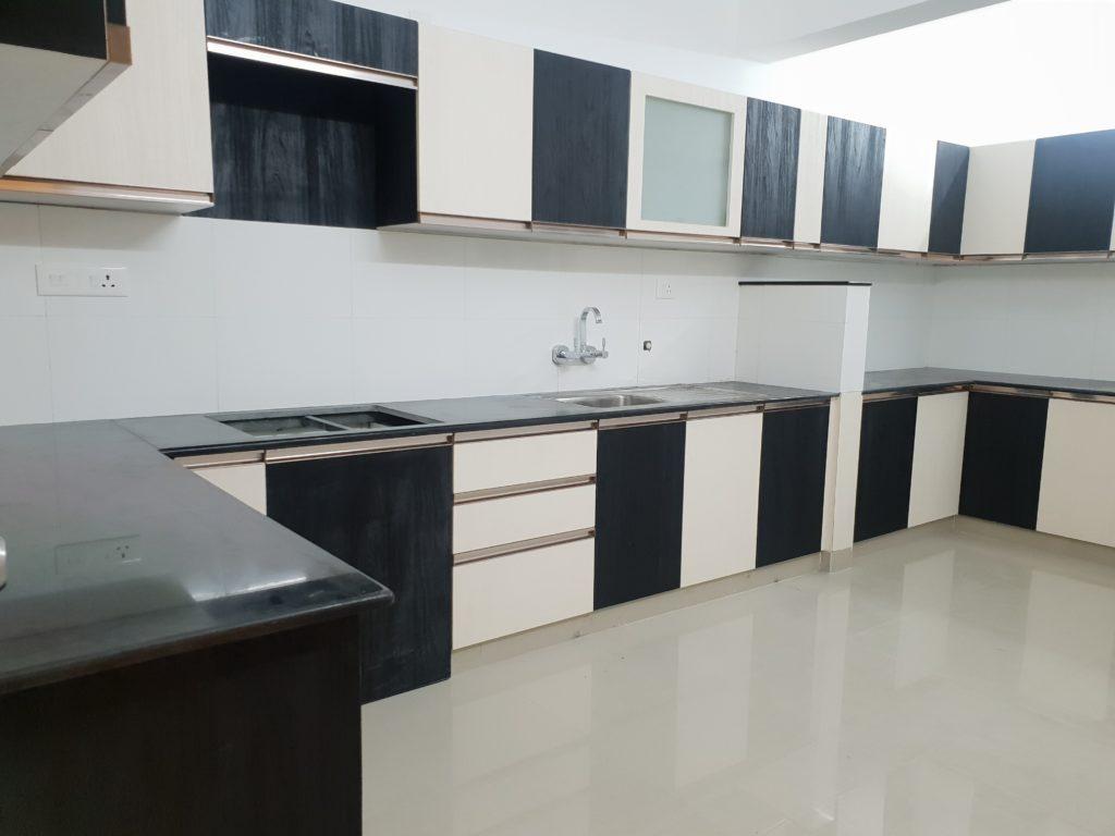Vivian Suites Kitchen 10