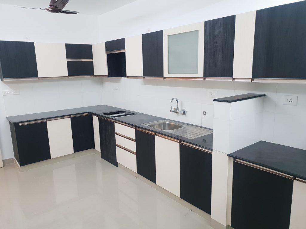 Vivian Suites Kitchen 9
