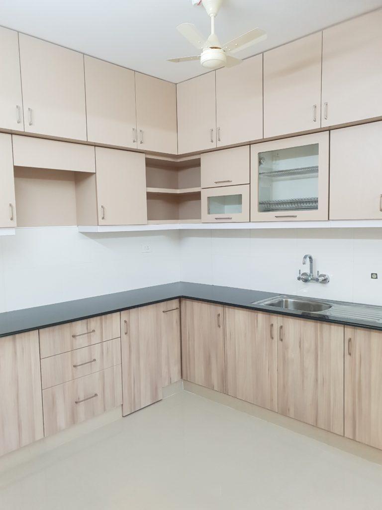 Vivian Suites Kitchen 7