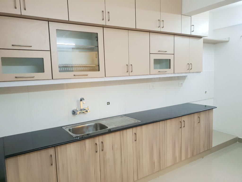 Vivian Suites Kitchen 6