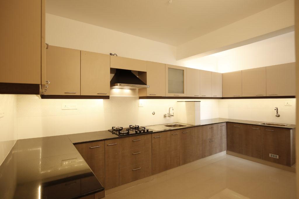 Vivian Suites Kitchen 11
