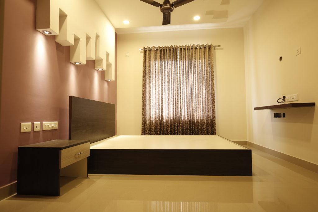 Vivian Suites Room 2