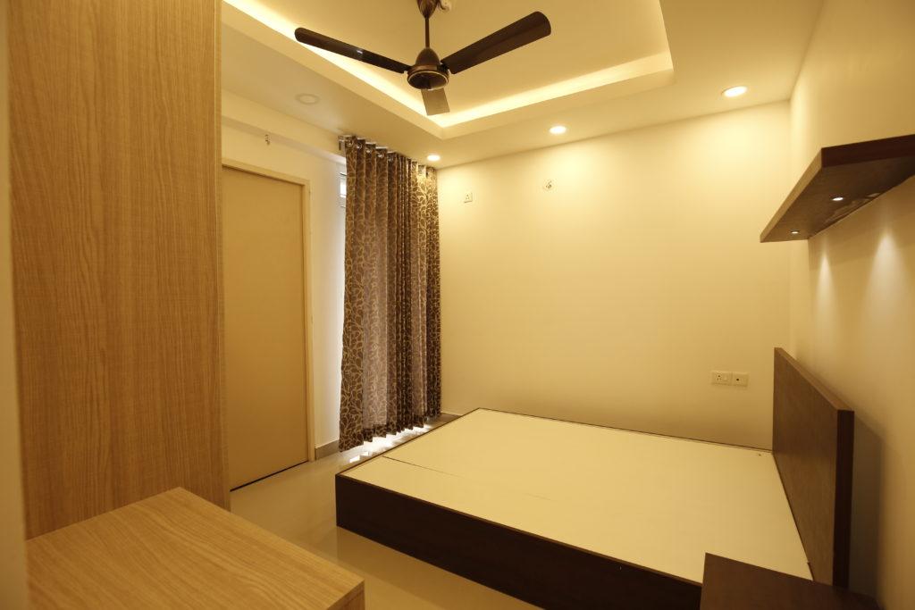 Vivian Suites Room 1